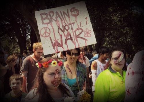 brains_not_war