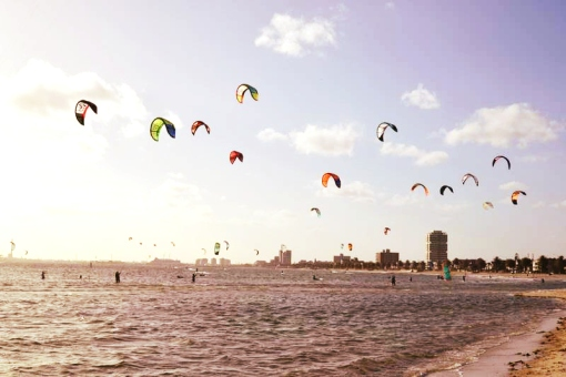 kite surfing st kilda